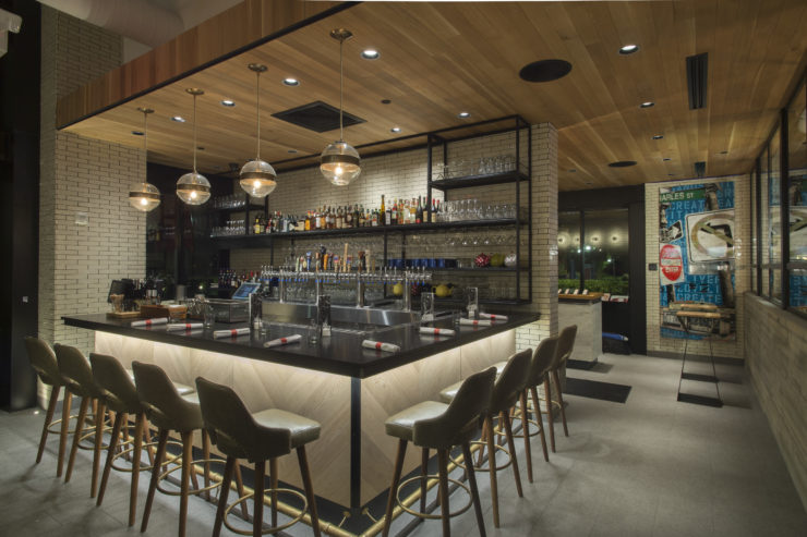 Earls Kitchen Bar Assembly Row Ak Art Consulting